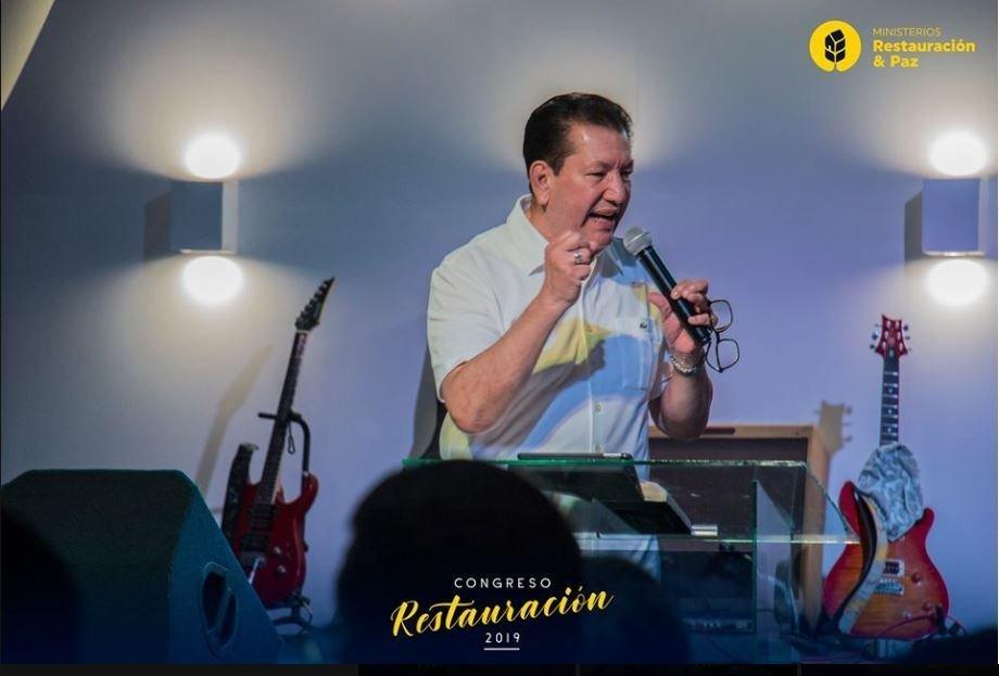 Efrain Avelar en restauracion y paz