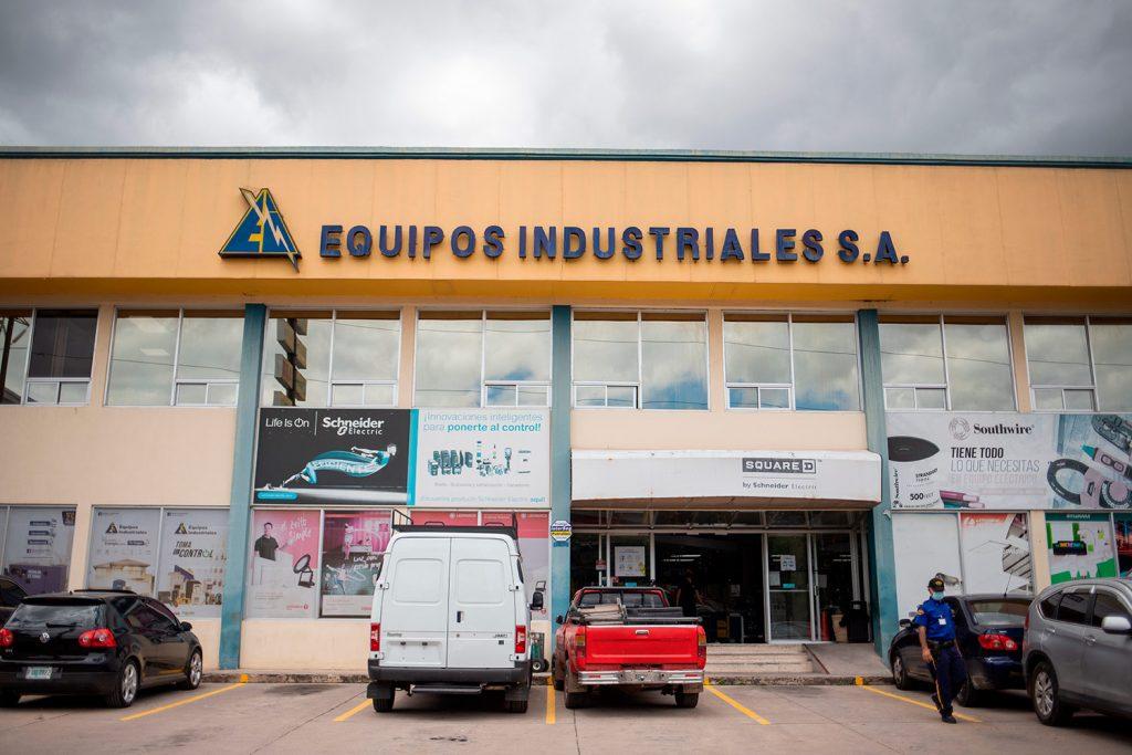 Equipos Industriales, una de las empresa de la Familia Rishmawy en Honduras, siguió contratando con el Estado a pesar del escándalo del IHSS.